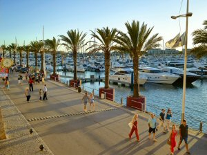 Take Faro airport car hire to go to Vilamoura Marina