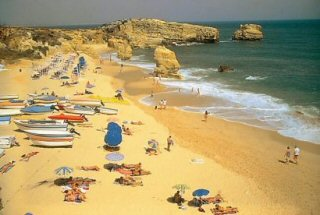 Pera Car Hire in Algarve