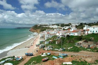 Salema car hire in Algarve